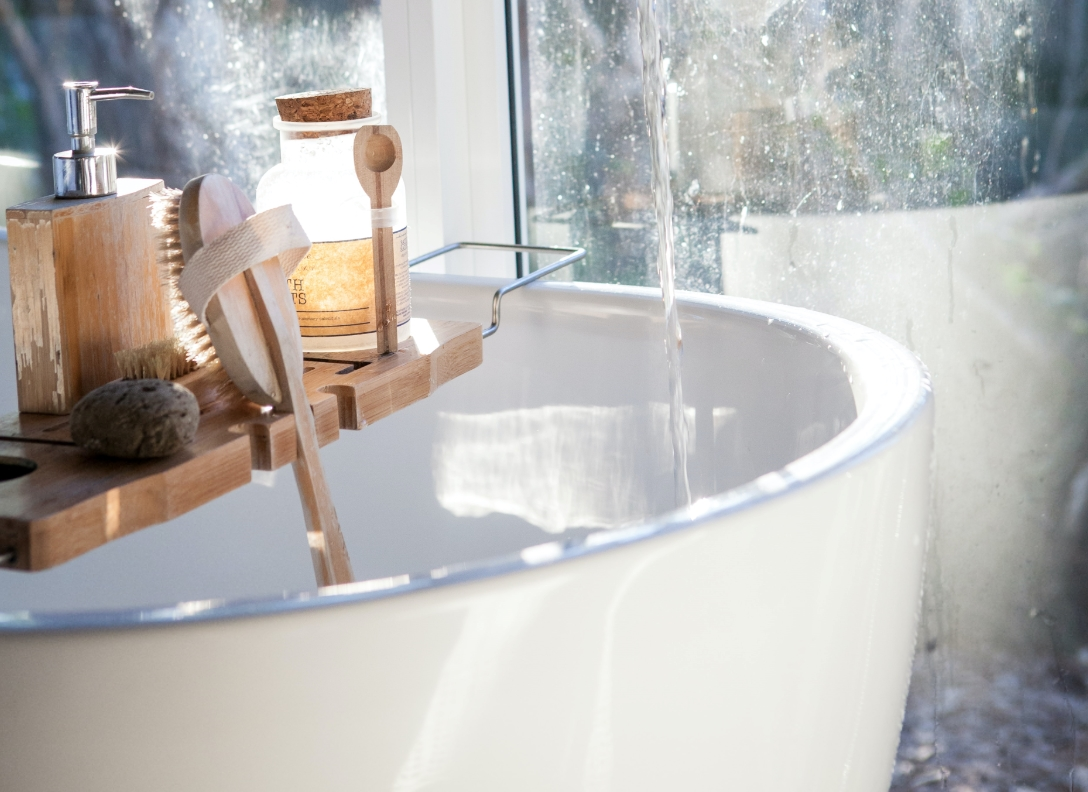 Little Accessories To Add To Your Bathroom To Up Its Luxury Factor